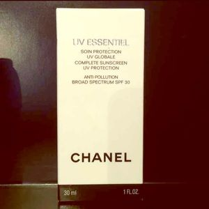 Chanel UV Essentiel SPF 30